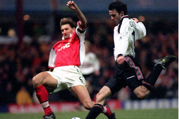 VIDEO: Gary Neville reviews Ryan Giggs classic FA Cup goal
