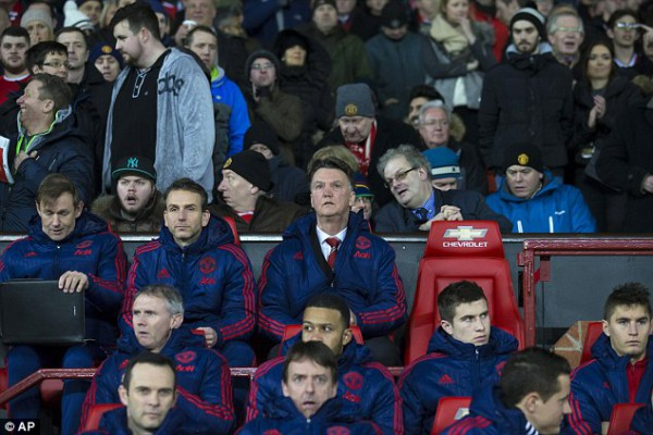 Forget Waldo, where's Giggsy?
