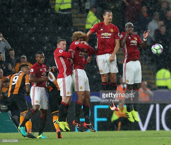 Fellaini has the height but not the ups