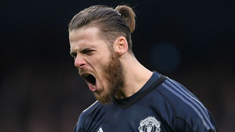 Journalist claims De Gea will stay at Man Utd for 'one more season at least'