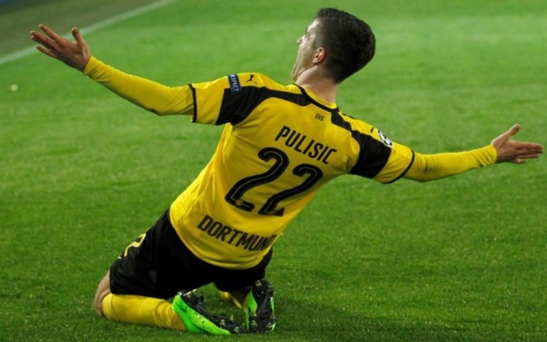 Christian Pulisic's father refers to Man Utd in interview about son's future