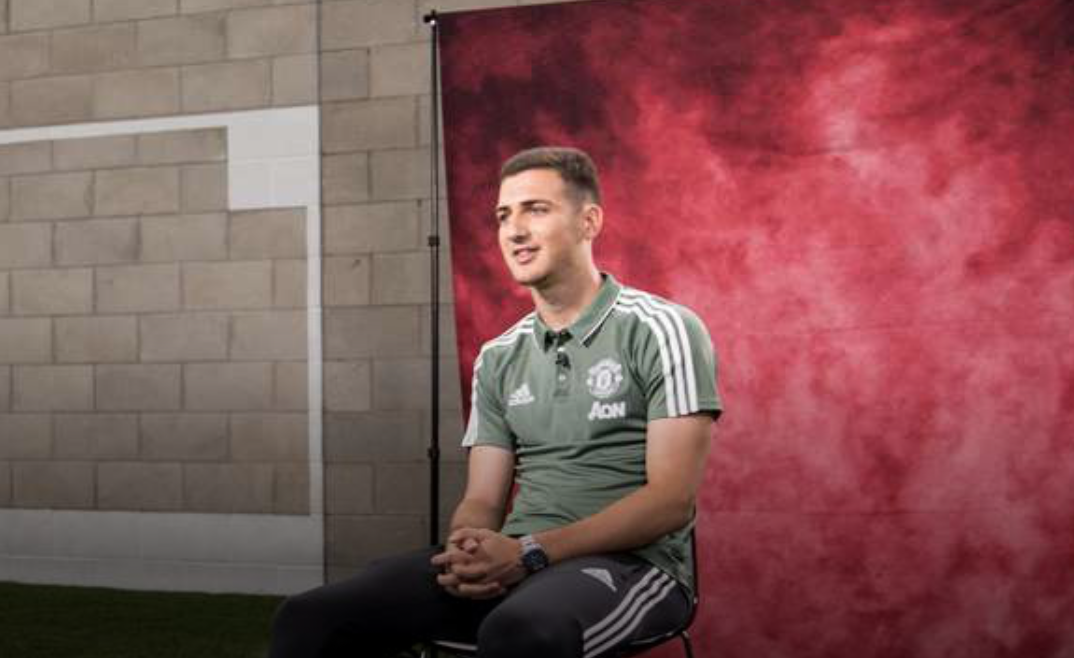BREAKING: Man Utd confirm signing of Diogo Dalot