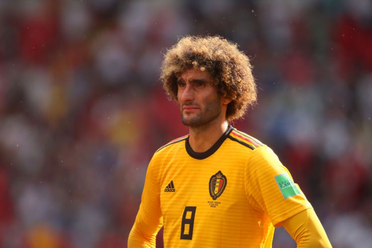 Fellaini's future to be resolved on Sunday, while midfielder knows where he will be next season