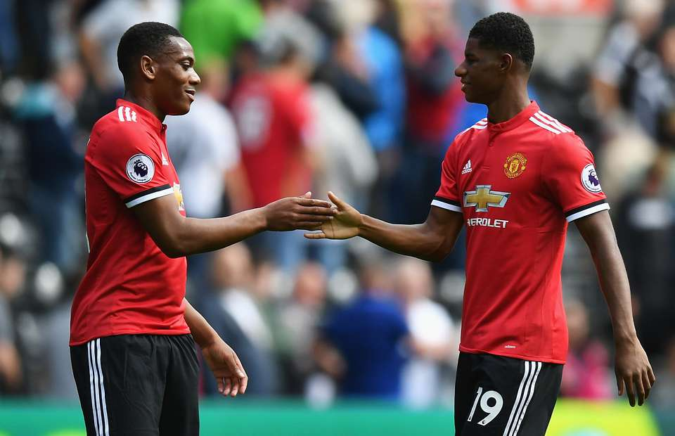 Man Utd to scare off clubs interested in young star, despite not being happy at club