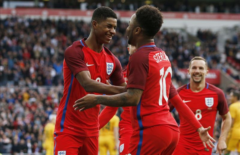 Fans react to Sterling starting ahead of Rashford against Panama