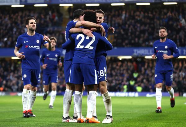 Chelsea and Spurs eye Liverpool target with Man Utd preparing £60m Willian bid