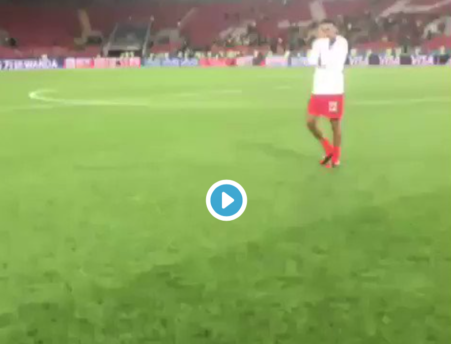 (Watch) Lingard shares brilliant moment with Liverpool starlet