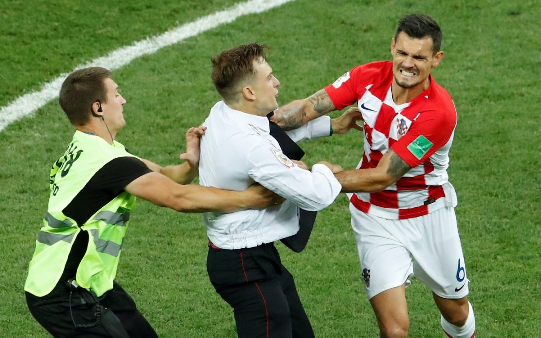 Are you watching Merseyside? Lovren and his embarrassing ways