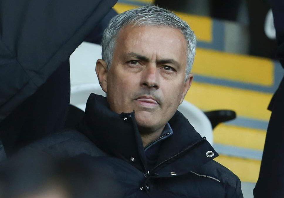 Best defender at Man Utd seeks 'urgent talks' with Jose Mourinho to clarify future
