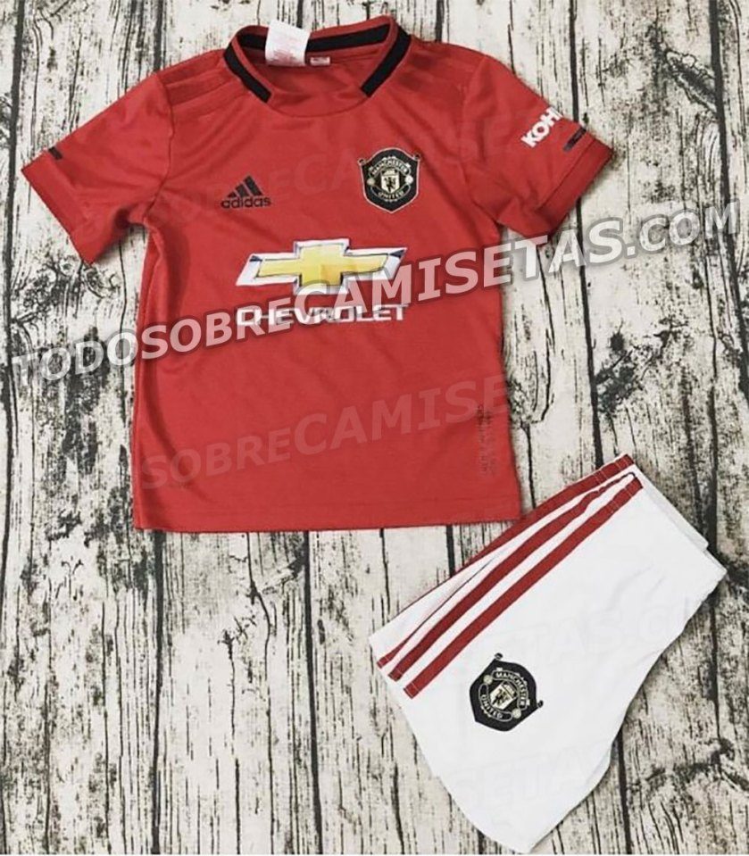 leaked man utd fans have mixed reactions to potential 2019 20 kit stretty news leaked man utd fans have mixed